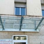 Copertura Pensilina in vetro temperato vista frontale - Roma - VetroeXpert - Coperture e Pensiline