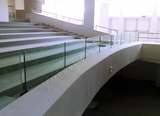 Parapetti e Balaustre in cristallo - Roma - VetroeXpert - Balaustre Parapetti Recinzioni