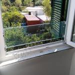 Parapetto finestra in vetro temperato su misura - Roma - VetroeXpert - Arredo in cristallo