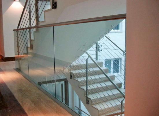 Parapetto in vetro - Roma - VetroeXpert - Balaustre Parapetti Recinzioni