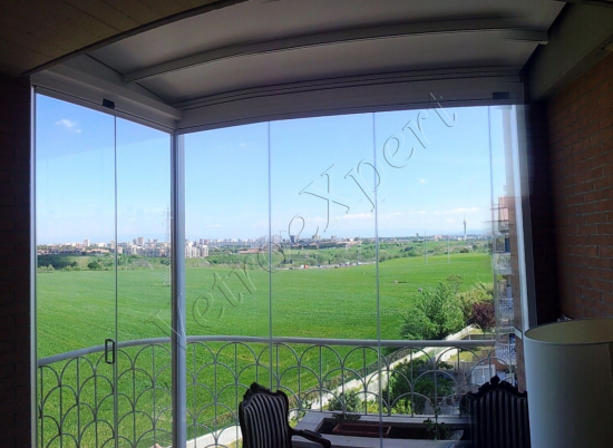 Pergotenda,vista da interno - Roma - VetroeXpert - Coperture e Pensiline