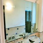 Specchio su misura bagno a filo lucido - Roma - VetroeXpert - Arredo in cristallo