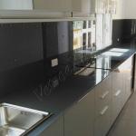 Top cucina in cristallo smalltato - Roma - VetroeXpert - Arredo in cristallo