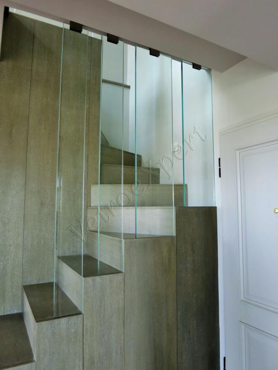 Vista laterale Balaustra in vetro - Roma - VetroeXpert - Balaustre Parapetti Recinzioni