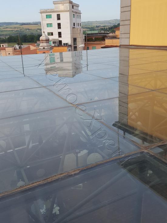 Vetrata Calpestabile Copertura Salone   Roma Hotel   VetroeXpert   Scale Pavimenti Ascensori