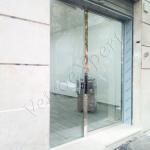 Vetrine in cristallo per negozi - Roma - VetroeXpert - Vetrine per negozi