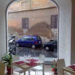 Vetrine centinata trasparente - Roma - VetroeXpert - Vetrine per negozi