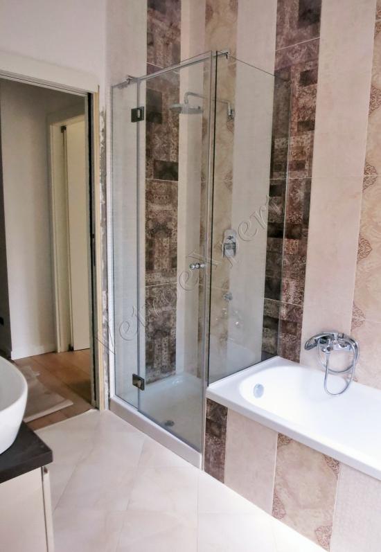 Box doccia in cristallo temperato su misura, vista globale - Roma - VetroeXpert - Box doccia in cristallo temperato su misura