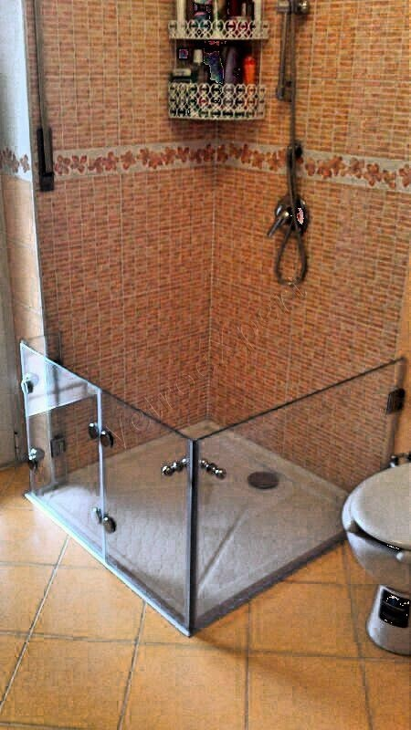 Box per disabili - Roma - VetroeXpert - Box doccia in cristallo temperato su misura