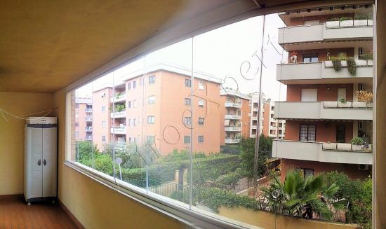 Chiusura balconi in vetro - Roma - VetroeXpert - Vetrate Pieghevoli e vetrate a scomparsa Glassroom