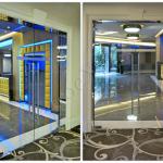 Collage Doppia Porta a battente con maniglioni - Roma - VetroeXpert - Porte in vetro su misura e Pareti divisorie