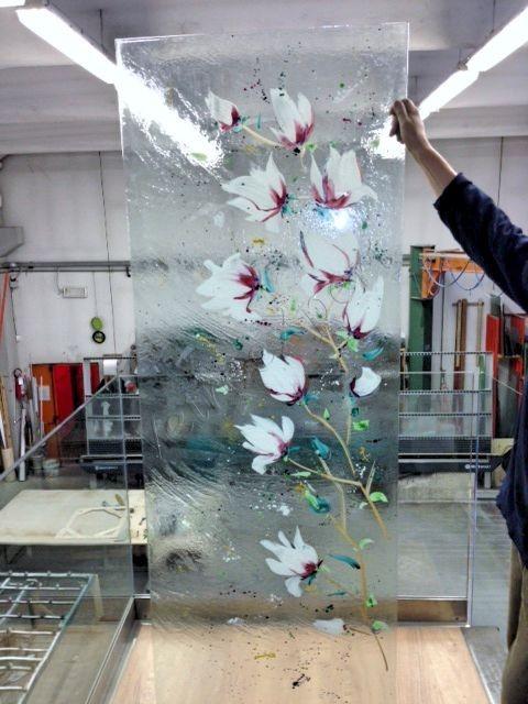 Decoro a mano su cristallo - Roma - VetroeXpert - Decorazioni e Serigrafie