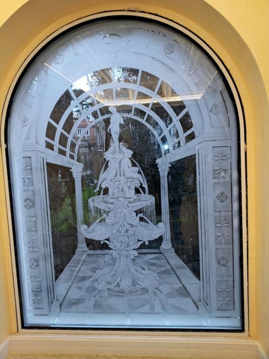 Decoro su vetrata - Roma - VetroeXpert - Decorazioni e Serigrafie