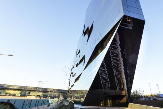 Facciate continue vista globale - Roma Tiburtina - VetroeXpert - Vetrate continue a Facciata puntiforme