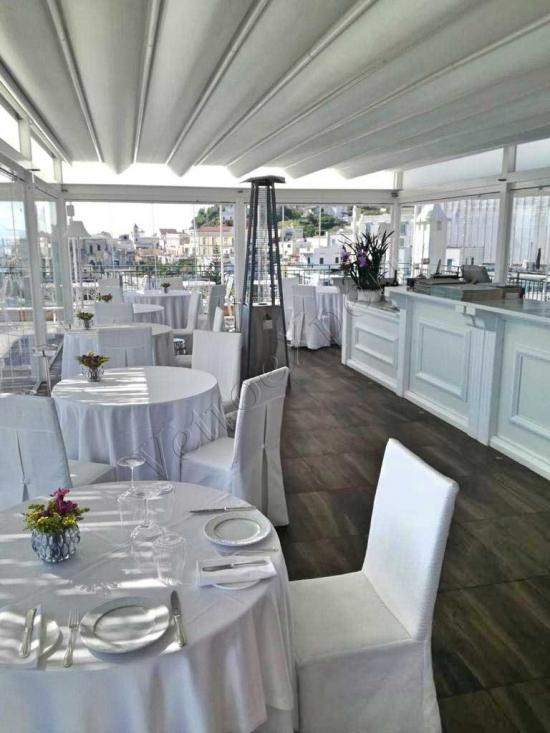 vetrata panoramica in vetro per ristoranti a roma