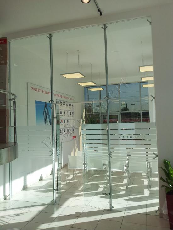 Pareti Divisorie Con Sistema Mini Della Oxidal Show Room Internorm   Roma   VetroeXpert   Pareti Divisorie In Cristallo