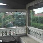 Particolare interno Vetrate Glassroom copertura balcone - Roma - VetroeXpert - Vetrate Pieghevoli e vetrate a scomparsa Glassroom