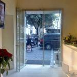 Porta doppia in vetro temperato su misura - Roma - VetroeXpert - Porte in vetro su misura e Pareti divisorie