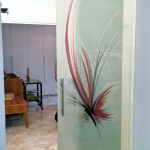 Porta in vetro scorrevole aperta - Roma - VetroeXpert - Porte in vetro su misura e Pareti divisorie