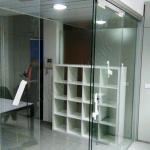 Suddivisione Uffici Con Vetrata Movibile Scorrevole Con Cristallo Trasparente Temperato Roma VetroeXpert Pareti Divisorie In Cristal