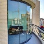 Vetrate Glassroom parete divisoria ad andamento curvo - Roma - VetroeXpert - Vetrate Pieghevoli e vetrate a scomparsa Glassroom