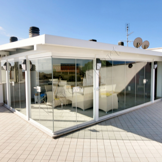 Vetrate Glassroom pieghevoli - Roma - VetroeXpert - Vetrate Pieghevoli e vetrate a scomparsa Glassroom