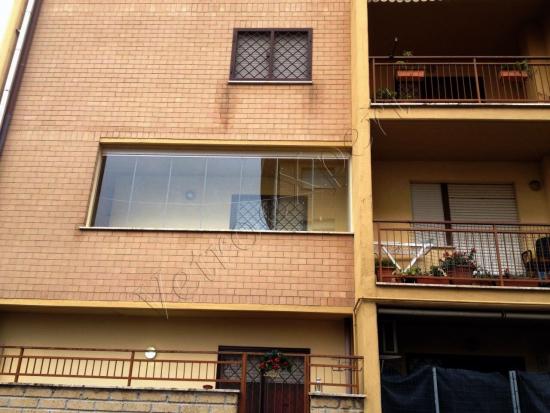 Vetrate panoramiche per balconi - Roma - VetroeXpert - Vetrate Pieghevoli e vetrate a scomparsa Glassroom