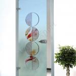 Porta a battente in vetro satinato con decoro-CP - Roma - VetroeXpert - Porte in vetro su misura e Pareti divisorie