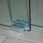 Porta in vetro - particolare - Roma - VetroeXpert - Porte in vetro su misura e Pareti divisorie