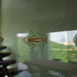 Porta in vetro - particolare con gemma - Roma - VetroeXpert - Porte in vetro su misura e Pareti divisorie