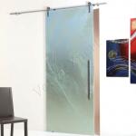 Porta scorrevole ad un anta in vetro satinato con decoro-AH - Roma - VetroeXpert - Porte in vetro su misura e Pareti divisorie