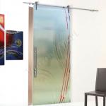 Porta scorrevole ad un anta in vetro satinato con decoro-AI - Roma - VetroeXpert - Porte in vetro su misura e Pareti divisorie