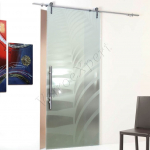 Porta scorrevole ad un anta in vetro satinato con decoro-AS - Roma - VetroeXpert - Porte in vetro su misura e Pareti divisorie