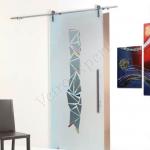 Porta scorrevole ad un anta in vetro satinato con decoro-CR - Roma - VetroeXpert - Porte in vetro su misura e Pareti divisorie