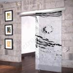 Porta scorrevole ad un anta in vetro satinato con decoro_EP_NERO - Roma - VetroeXpert - Porte in vetro su misura e Pareti divisorie