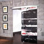Porta scorrevole ad un anta in vetro satinato con decoro_FO - Roma - VetroeXpert - Porte in vetro su misura e Pareti divisorie