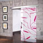 Porta scorrevole ad un anta in vetro satinato con decoro_Fi_ - Roma - VetroeXpert - Porte in vetro su misura e Pareti divisorie