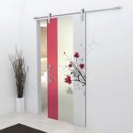 Porta scorrevole in vetro trasparente decoro HG - Roma - VetroeXpert - Porte in vetro su misura e Pareti divisorie