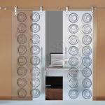 Porte scorrevoli in vetro con decoro-AT - Roma - VetroeXpert - Porte in vetro su misura e Pareti divisorie